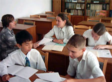 Украинцы не только хотят свободно общатся на русском языке, но и учить на нем своих детей